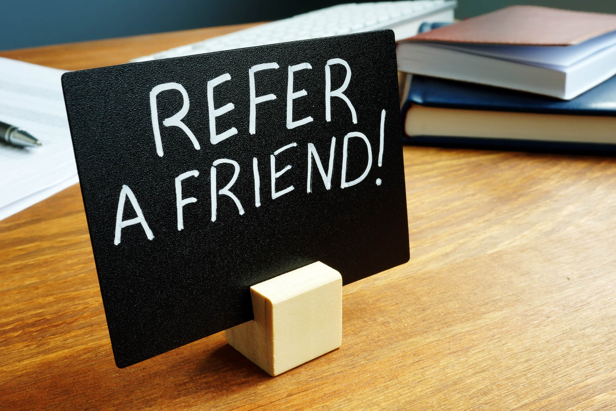 Refer a Friend Promotion Sign to Get More Good Tenants in Houston Quickly
